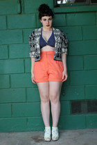 carrot orange vintage shorts - black aztec print vintage jacket