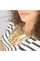 Maslinda Necklaces