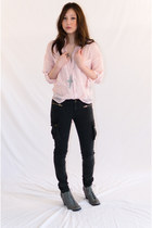 Charcoal-gray-cotton-playme-jeans-jeans-light-pink-polka-dots-unif-shirt-sil