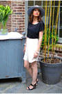 Heather-gray-asos-hat-ivory-topshop-shorts-black-andré-heels