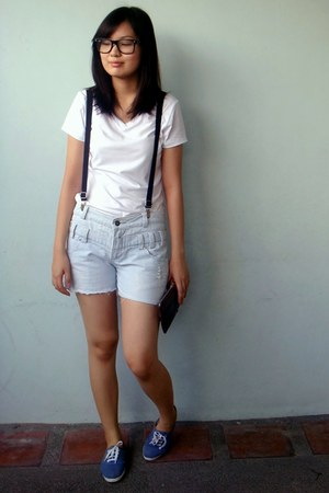 white shirt - dark brown purse - black belt - navy sneakers
