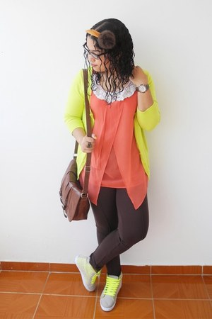 dark brown Naf Naf leggings - salmon True Addiction blouse
