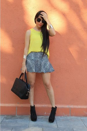 white Bershka skirt