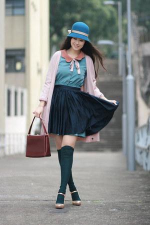 turquoise blue wwwyesstylecom dress - teal Tie Rack hat - crimson vintage bag -