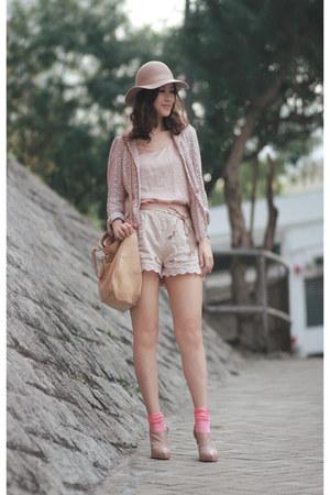 nude Monki hat - neutral dizzle spiria blazer - camel Fendi bag - peach H&M shor