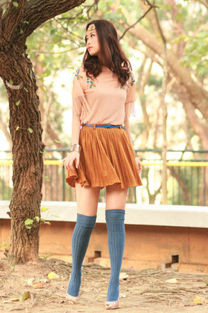 blue becky bloomwoods wardrobe belt - periwinkle topsho socks