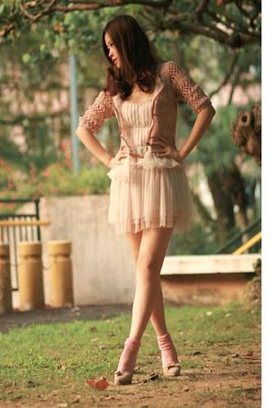 ivory H&M intimate - tan Chloe heels