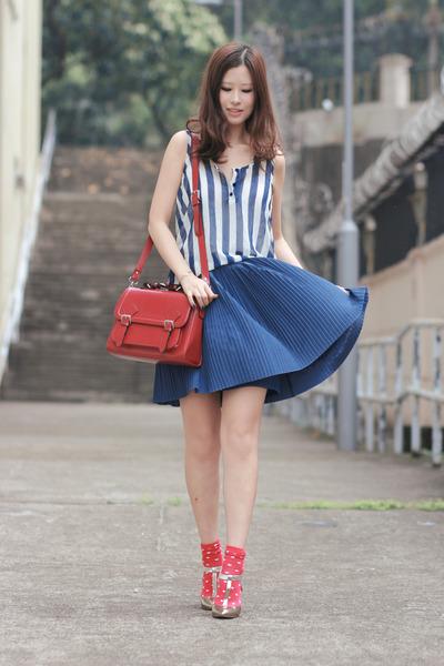 navy yesstylecom skirt - ruby red Romwecom bag - red H&M socks