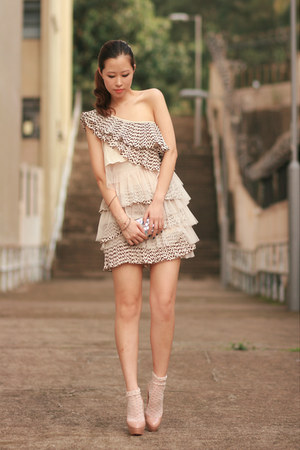 ivory romwe dress - eggshell Christian Louboutin heels