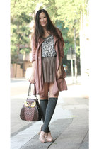 heather gray 3 rooms vest - dark brown amiya bag - neutral shoe girl boots