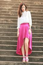 bubble gum Joy & Peace sandals - white Chicwish shirt