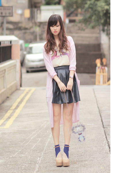 http://images1.chictopia.com/photos/mayo_wo/9559669433/violet-da-sein-socks-navy-chicwish-skirt-light-purple-the-fruu-t-shirt_400.jpg