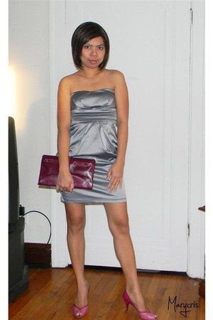 silver deb dress - magenta clutch Rodo purse