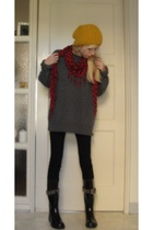 black nasty gal vintage boots - black Blank pants - gray boyfriends sweater - go