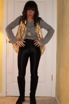 Chanel scarf - Theory shirt - American Apparel pants - AcquaItalia boots - vinta