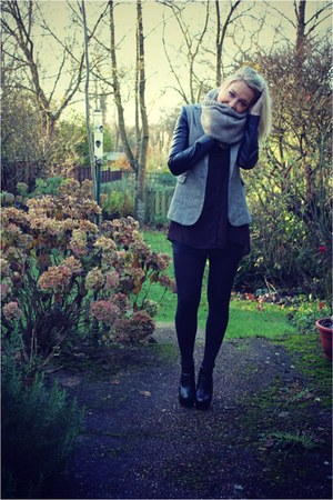 Zara blazer - snood H&M scarf - burgundy GINA TRICOT blouse