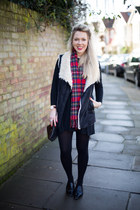 shearling gilet Zara jacket - moccasin Zara shoes