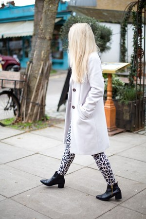 boyfriend coat Marks & Spencer coat - leopard print French Connection pants