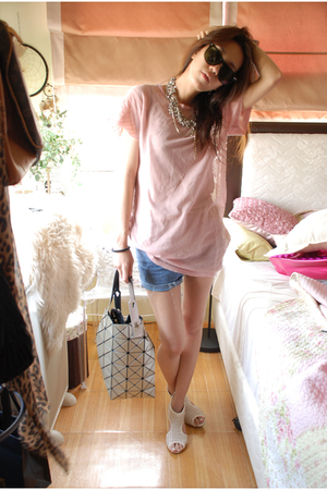 pink Soda top - silver pleat please accessories