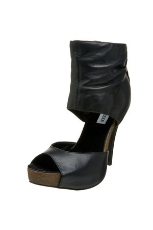 black Steve Madden shoes