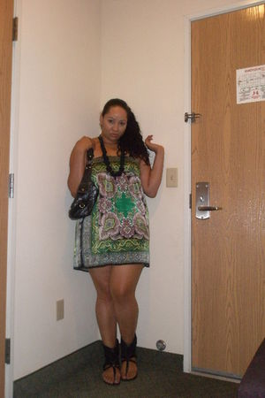 Forever21 dress - Chinese Laundryn shoes - Forever21 necklace