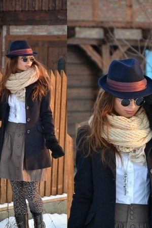 pull&amp;bear hat - Stradivarius coat - Stradivarius leggings - cropp shirt