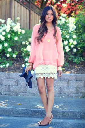 peach Lulus blouse - cream Lulus skirt - tawny Jeffrey Campbell sandals