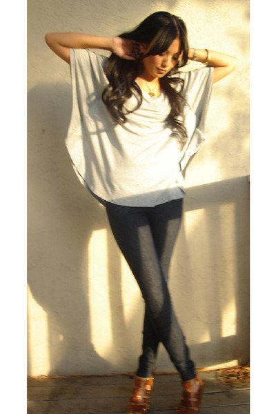 gray f21 top - blue Joes Jeans jeans - brown Cynthia Vincent shoes