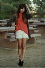 Cream-crochet-sans-souci-shorts-burnt-orange-generra-t-shirt