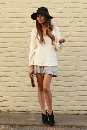 heather gray Freeloader shorts - black Steven boots - black asos hat