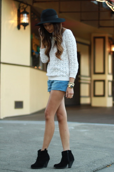 black asos boots - black asos hat - off white Zara sweater - blue Zara shorts