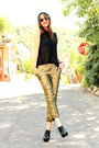 Black-blouse-gold-elevenses-pants-black-aldo-heels