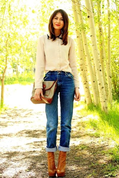 tawny Steve Madden heels - navy vintage Wrangler jeans
