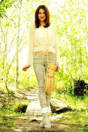 tan free people jeans - bronze vintage bag - off white hazel blouse