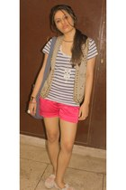 hot pink thrifted shorts - gray owl necklace Forever 21 necklace - blue Zara t-s