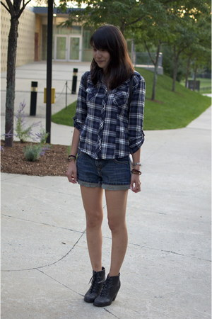 denim shorts Clef de Sol shorts - navy plaid Forever 21 shirt