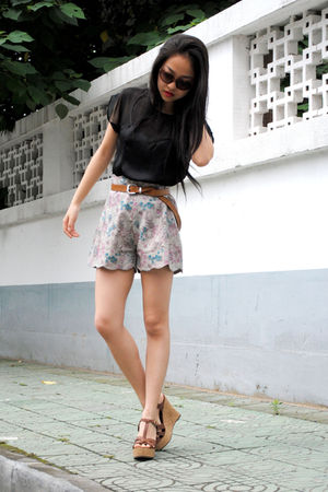 H&M blouse - shorts - shoes