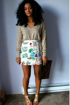beige Goodwill sweater - ivory skort Goodwill shorts - beige Goodwill sandals
