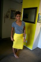 yellow Goodwill skirt - heather gray Target shirt