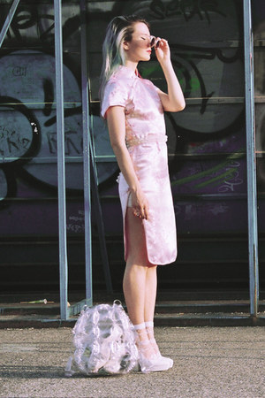 white Ebay bag - light pink chinese from paris dress