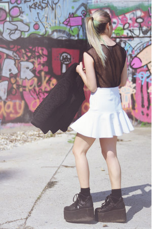 white frilly H&M Trend skirt - black quilted H&M Trend jacket