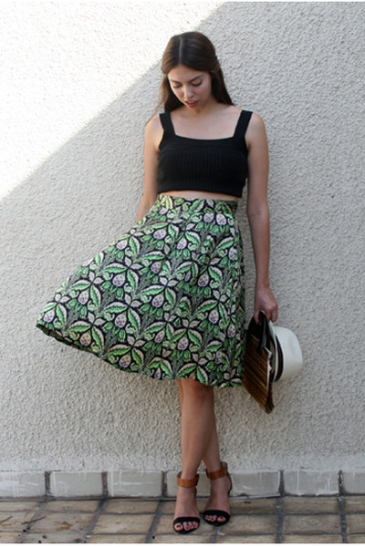dark green Zara skirt - black Steve Madden sandals