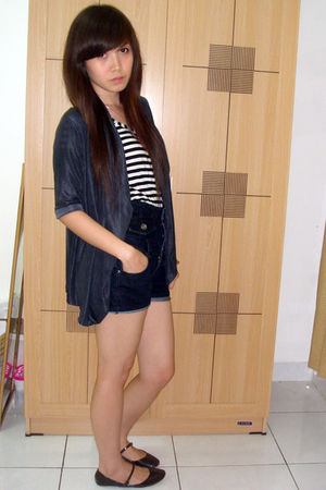 black top - blue shorts - black Zara shoes - blue cardigan