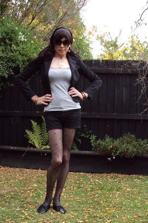 black Glassons blazer - gray cotton on top - black Glassons shorts - black Legal