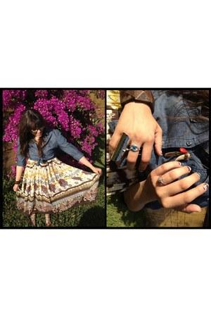 beige tribal print unknown brand skirt - silver finger armor Forever 21 ring