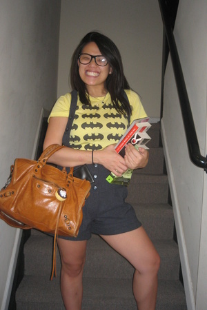 delias t-shirt - urbn shorts - balenciaga purse - hello kitty