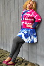 Blue-dress-dress-magenta-tye-dye-sweater