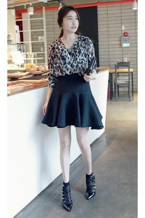 tan MIAMASVIN blouse - black MIAMASVIN skirt - MIAMASVIN pumps