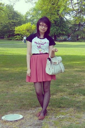 off white Mulberry bag - ivory Uniqlo t-shirt - pink skirt Topshop skirt - brown