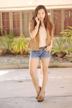 burnt orange Loalde blazer - blue Forever 21 shorts - brown Aldo heels